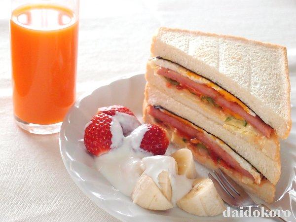 ポーク卵サンドイッチ