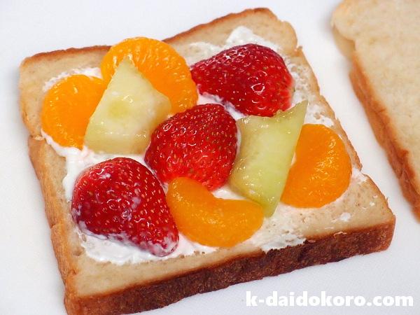 フルーツサンドの作り方