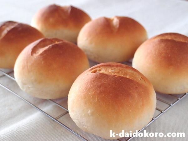 玄米パウダー入りの丸パン