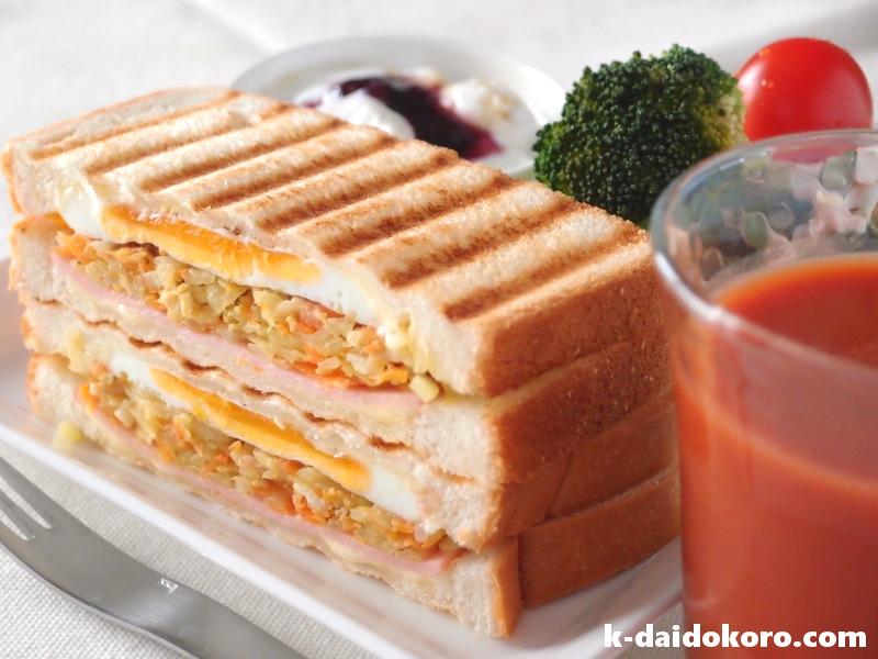 パパイヤイリチーのサンドイッチ