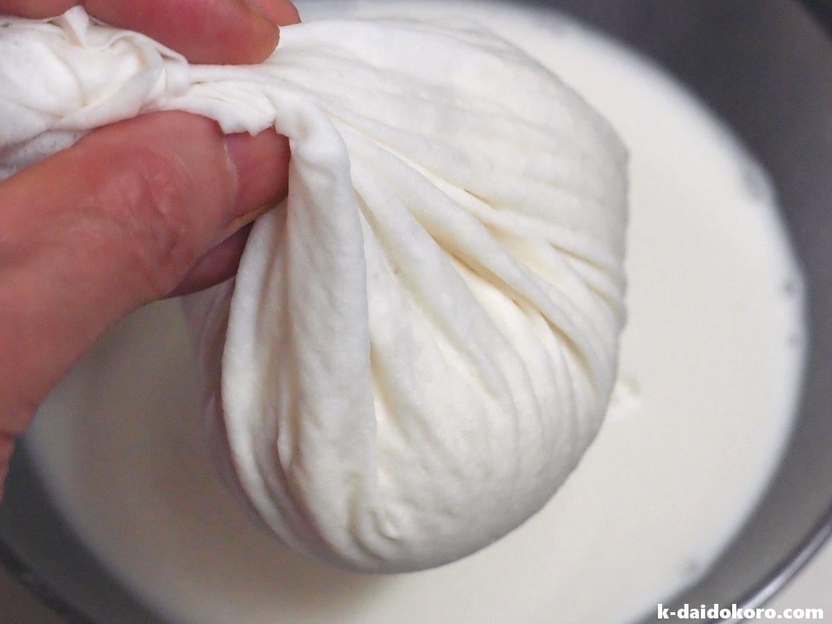 落花生の豆乳作り