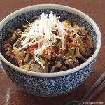 チャプチェ丼(チャプチェの炊き込みご飯) ~ 混ぜて炊くだけ簡単調理 モランボン 韓の食菜
