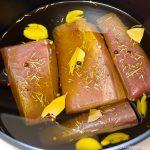 まぐろのコンフィ(オイル煮)・・・バーミキュラ ライスポットで低温調理