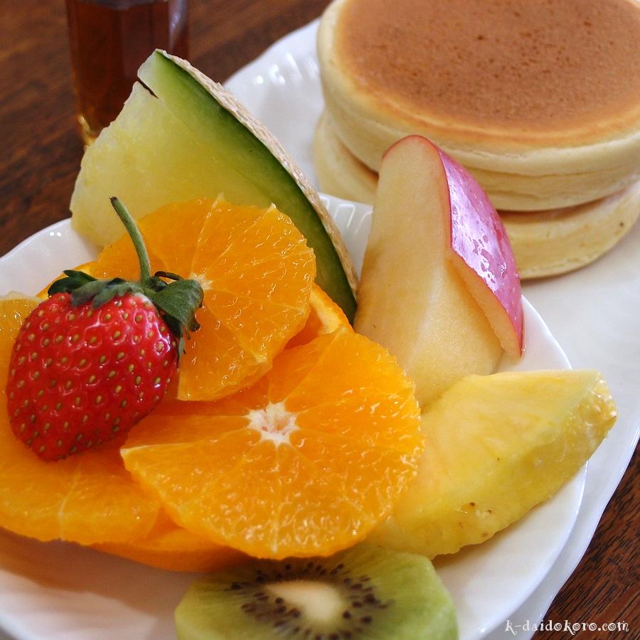 フルーツホットケーキ
